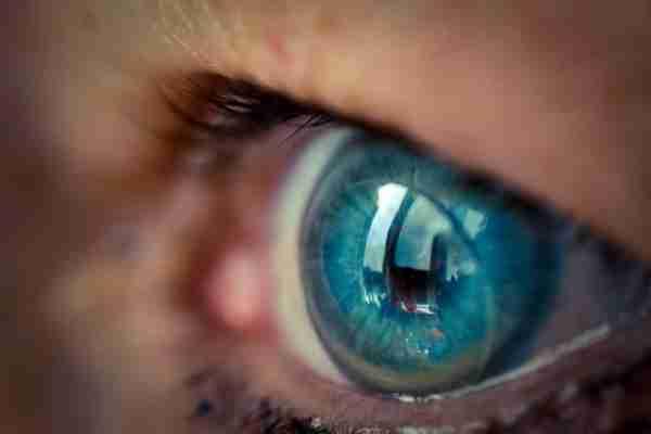 ELEKTRONSKA KONTAKTNA SOČIVA: Ekrane ćemo uskoro moći staviti na oko