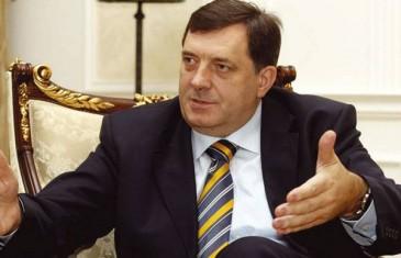 Dodik: Plakat u Trebinju je odraz patriotizma, ova vještačka tema je nametnuta iz…