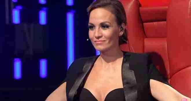 Jelena Tomašević u spotu punom golišavih scena, u kadi leži potpuno gola?!?
