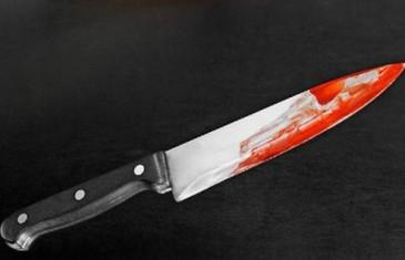 DJECI REZALA ŠUNKU PA MUŽU NOŽ ZARILA U PRSA Uplakana kći nije znala što se događa, a pijana majka je objasnila: 'Nožem sam ga…'