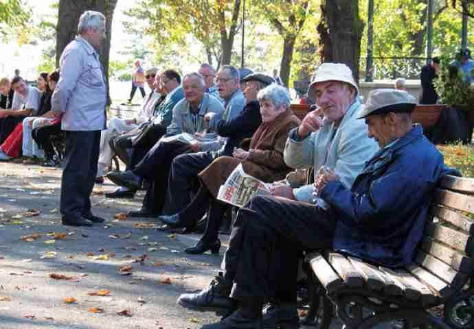 UMRIJETI PRIJE SMRTI: Penzioneri – prva žrtva Reformske agende