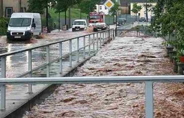 Nabujale rijeke u Kiseljaku i Fojnici, klizište prijeti spomeniku Bitke na Sutjesci: A meteorolozi za sutra najavljuju…