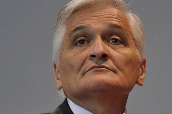 """ŠPIRIĆ POTPUNO PROSVIR'O, DA LI JE MOGUĆE DA OVO GOVORI: """"Saradnja sa NATO-om nikad nije bila sporna za SNSD"""""""