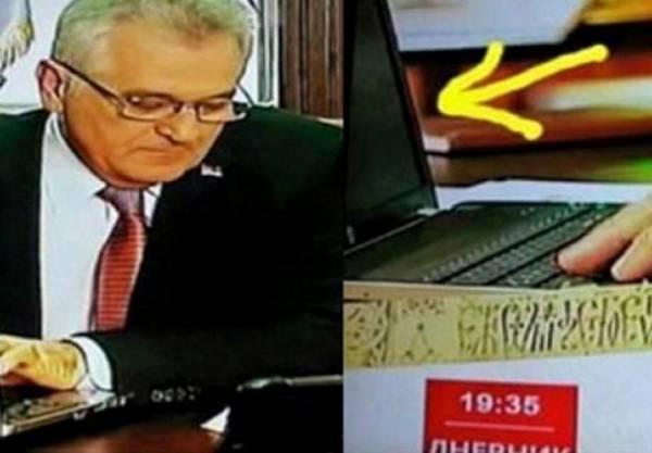 """Predsjednik Srbije """"prekucao"""" čitav tekst na isključenom laptopu"""