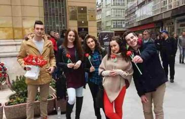 OTKRILO SE… Evo ko je Sarajkama danas podijelio 200 ruža, ali ne bilo kakvih!