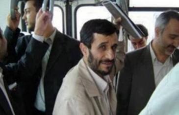 SKROMNOST JE VRLINA: Bivši iranski predsjednik, Mahmud Ahmadinedžad koristi javni prevoz