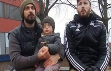 Gej par iz Šumadije usvojio dijete i izazvao buru komentara