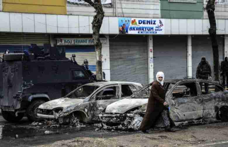 Samoubilački napad u Istanbulu: Poginulo pet osoba, 20 povrijeđenih (OBJAVLJUJEMO VIDEO NAPADA)