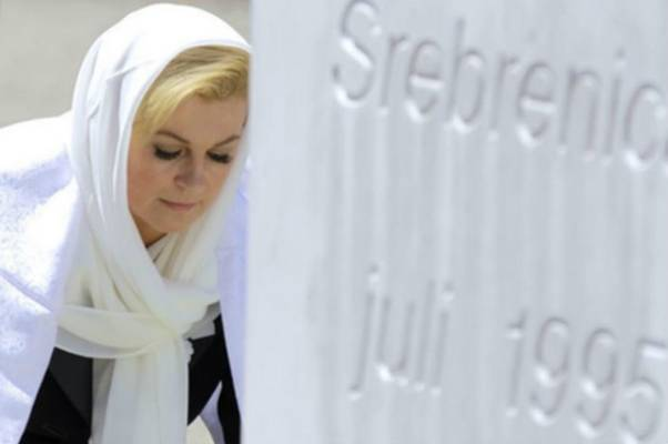 Kolinda Grabar-Kitarović uputila je pismo Majkama Srebrenice: Obraćam vam se kao majka…