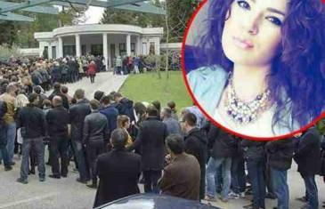 SUZE TEKLE U POTOCIMA: Na posljednjem ispraćaju preminule djevojke Marije (25)…