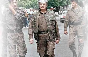 """KAKO JE KARADŽIĆ JOŠ 1991. NAJAVLJIVAO GENOCID: """"Muslimani će nestati sa lica zemlje, to sve treba pobiti"""""""