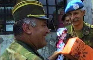 VIDEO KOJI JE POTRESAO BOSNU! Traje samo 4 minute: Konačno otkriveno ko je prevario branioce Srebrenice i spriječio zračne udare NATO-a na srpske položaje…