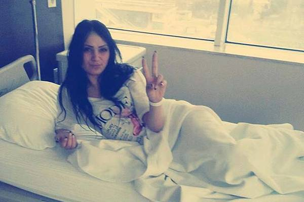 STIGLA TUŽNA VIJEST O MLADOJ SARAJKI KOJOJ PRIJETI AMPUTACIJA NOGE: Njena mama potvrdila da Nizama treba na još jednu operaciju…