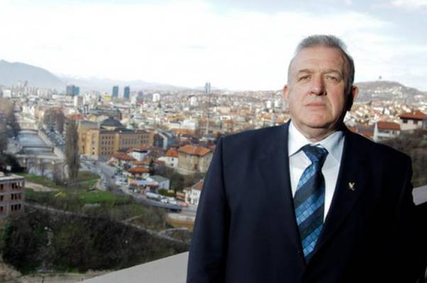POTRESNE RIJEČI: Pogledajte šta je general Dudaković poručio Bosancima na dan Armije RBiH…