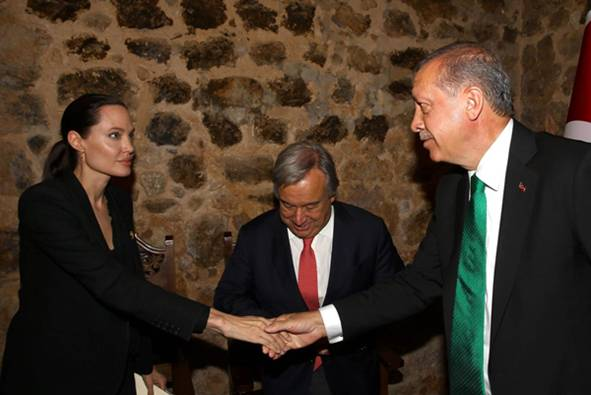 SUSRET ANGELINE JOLI I ERDOGANA: Pogledajte šta je glumica rekla predsjedniku Turske…