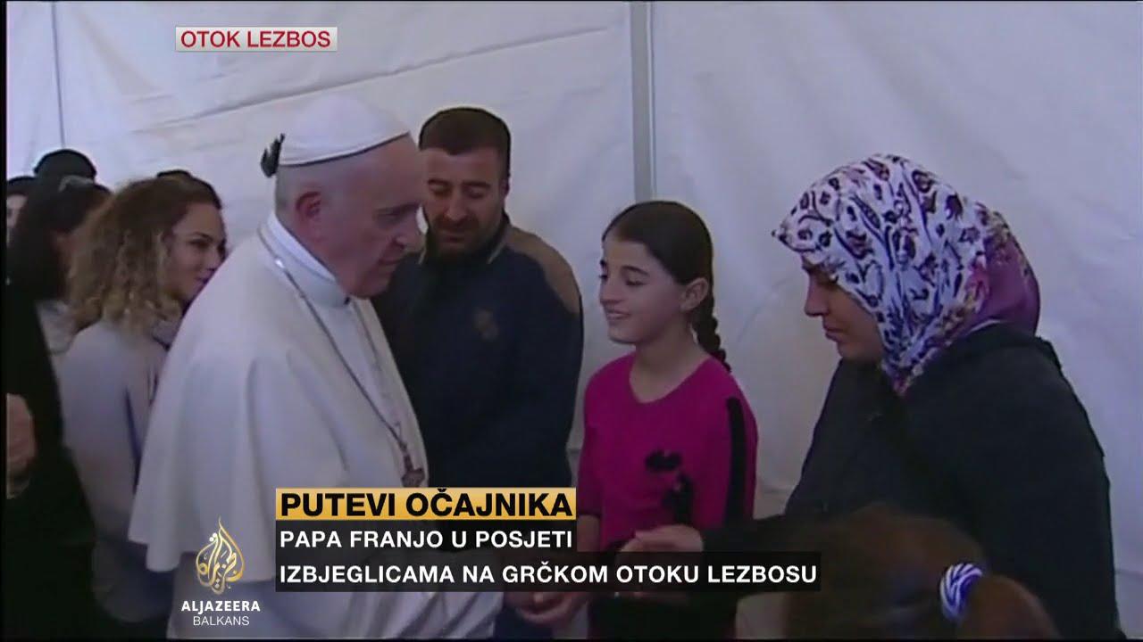 Pogledajte ko su izbjeglice koje su ljubile Papi ruku u Grčkoj…