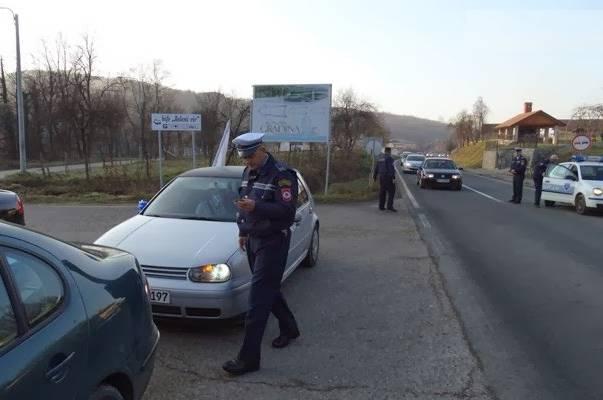 FAŠISTIČKI: Policija u Banja Luci zlostavljala svatove zbog zastave sa ljiljanima…