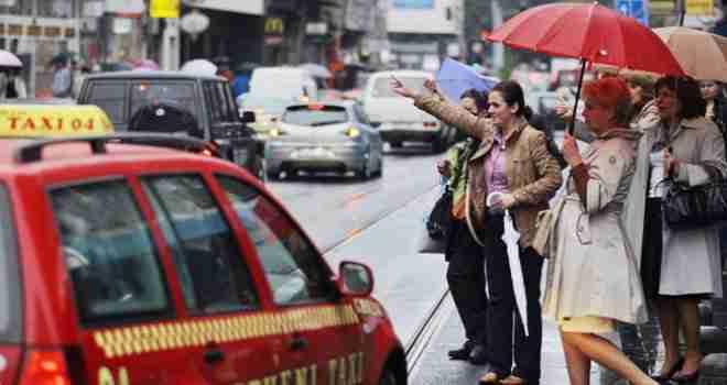 Pazite na obilježja: Kazna za građane koji se voze u nelegalnim taksi vozilima 50 KM