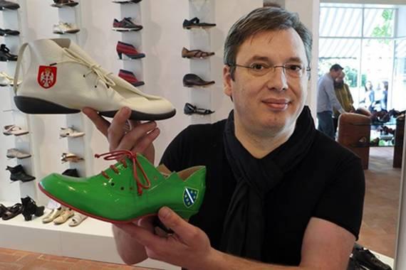 """Vučićeva izjava o cipelama """"zapalila"""" društvene mreže"""