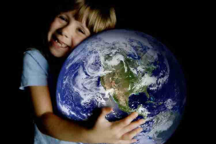 SJEVERNI POL SE POMJERA PREMA EVROPI: Da li je moguće da Zemlja gubi ravnotežu?