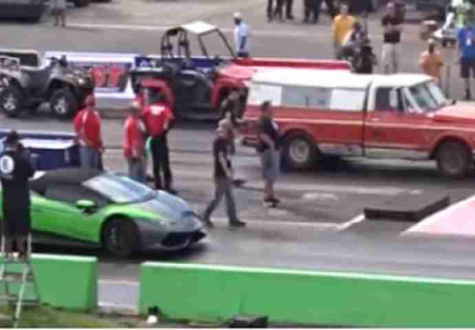 Svi se smijali kada je došao da se utrkuje protiv Lamborghinija, onda im je zatvorio usta (VIDEO)