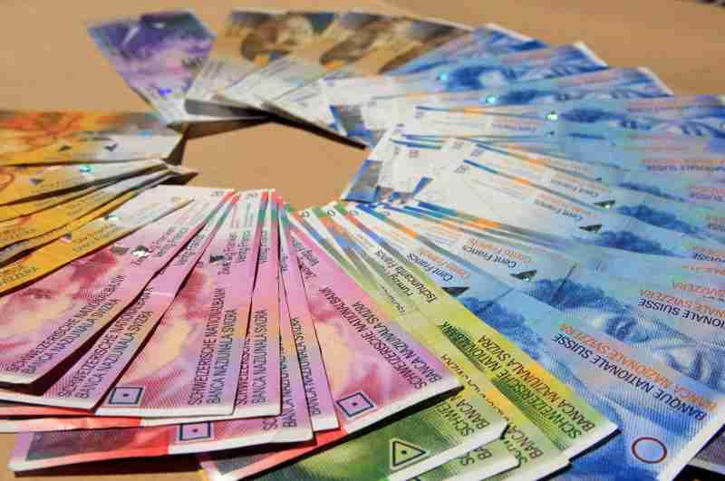 Spas za sve koji imaju kredite u švajcarskim francima: Evropski sud pravde valutne klauzule u CHF oglasio ništavnim