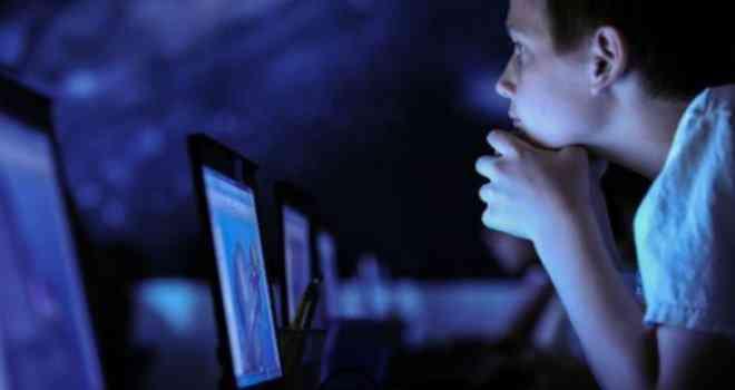 Nova bolesna igra na internetu: Dječak se ubio dok se snimao!