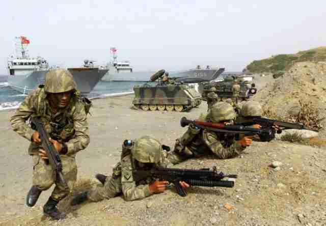 DA LI UPRAVO POČINJE TREĆI SVJETSKI: Napad na sirijsku vojsku – učestvuje i Turska!