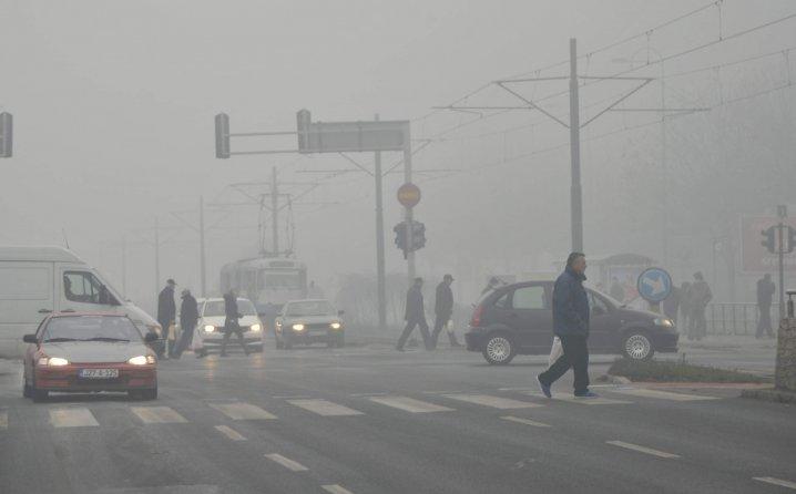 NAJGORE TEK DOLAZI; SARAJLIJE NAKRATKO UDAHNULE NORMALAN ZRAK: Evo gdje je jutros zagađenje OPASNO PO ZDRAVLJE…