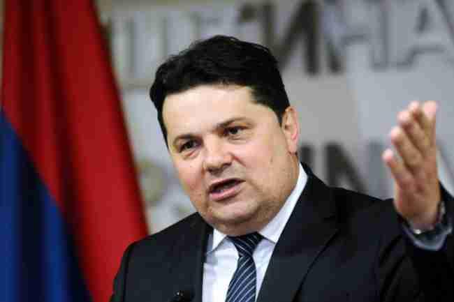PANIKA U REPUBLICI SRPSKOJ: Nenad Stevandić uputio otvoreno pismo Centralnoj banci Bosne i Hercegovine, traži da…