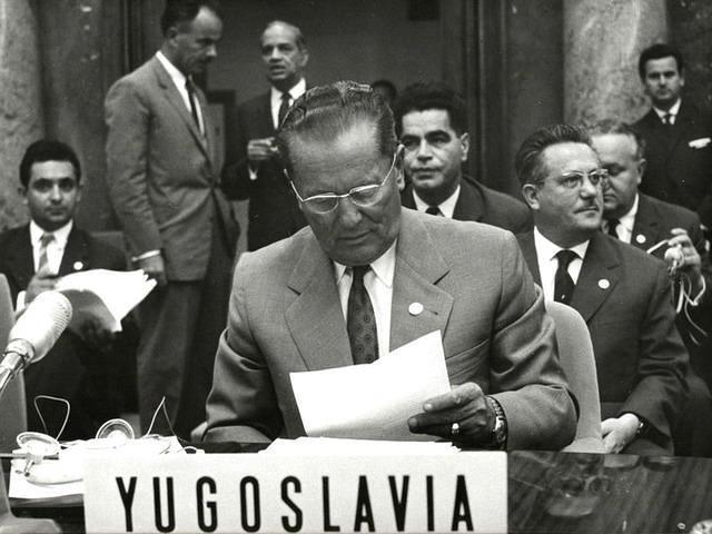 TITO JE SVE ZNAO: Evo šta je još 1957. napisao šta će se desiti