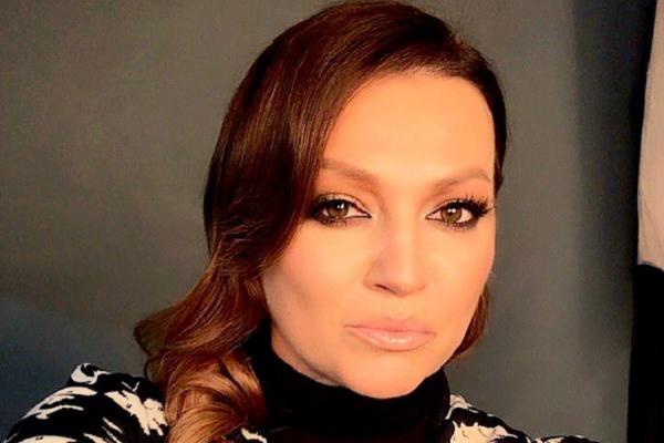 Nina Badrić objavila fotku u kupaćem kostimu: Vau, kakve noge!!! Pljušte komentari…