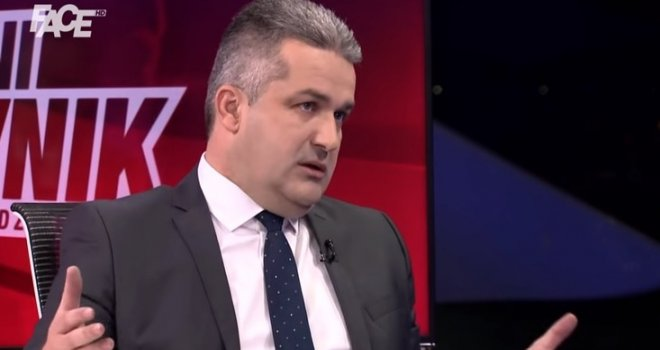 Agan Bunić: Ja sam od pasa, nisam ja ispod pasa! Sve su mi namontirali Bakir i Fahro… Imam veća m**a od tornja u Sarajevu!