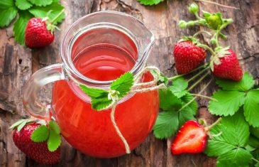 Domaći sok od jagoda bez konzervansa: Nestvarno ukusan, najbolji za decu! (RECEPT)