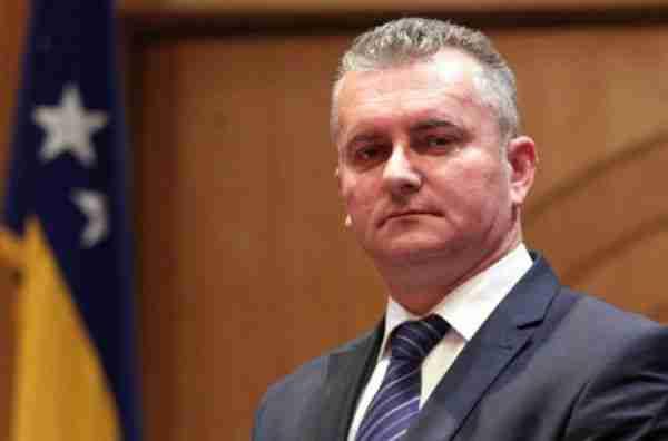 Šta bi se desilo Karamatiću da je u Hrvatskom saboru zaprijetio da će nestati Hrvatske ako se ne usvoji njegov prijedlog?