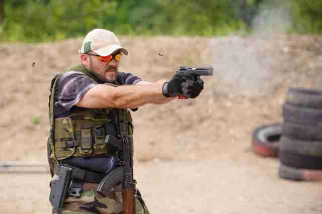 OTVORENA SEZONA: Česima odobreno pravo da pucaju na teroriste kada ih ugledaju