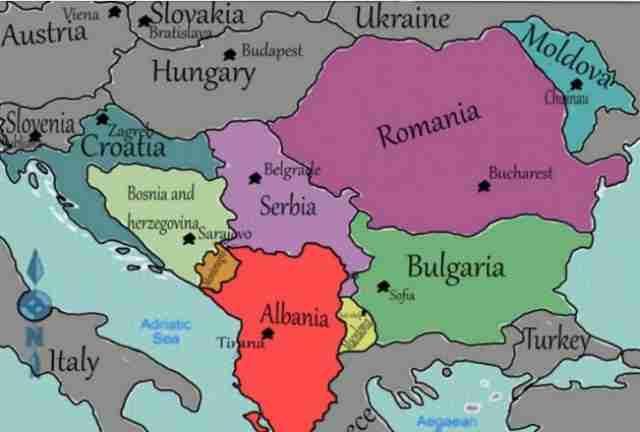 ALBANSKI BALKAN: Najbrojniji narod na Balkanu dijeli nove karte a za Srbiju je predviđeno ovo…
