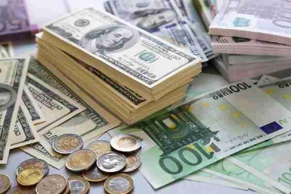 NEKOM RAT, NEKOM BRAT: Od početka krize samo se bogate….