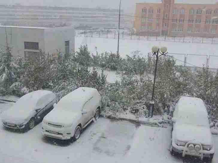 USRED VRUĆEG LJETA PAO PRVI SNIJEG U RUSIJI: Evo šta to znači za zimu u našim krajevima!