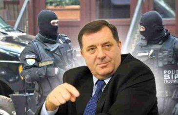 """""""FRLJOKA"""" OTKRIVA: Kod bivšeg Dodikovog vozača policija pronašla originalni priimjerak """"Ronhilla"""" iz 1995.godine!"""