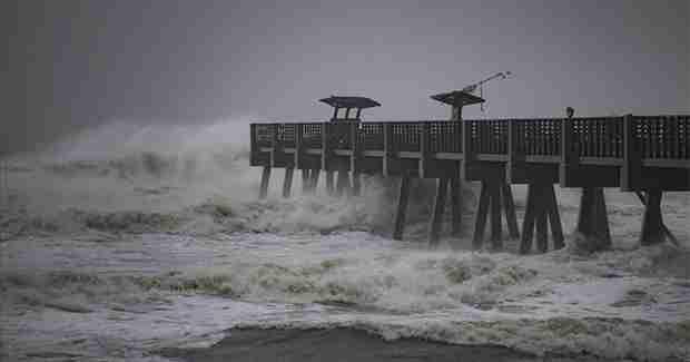 Smrtonosna oluja Sebastijan tutnji Evropom: Vjetar jačine uragana Irma udara gradove, ljudi ginu, a u ove zemlje tek stiže