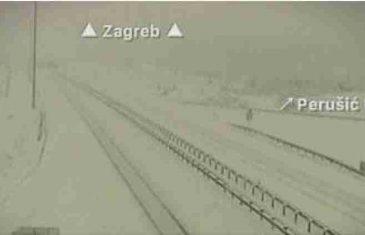 Snijeg, kiša i jak vjetar napravili haos u regionu, uskoro se očekuje i u BiH
