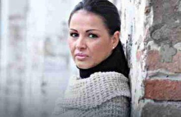 SA 16 JE DOBILA SINA, 10 GODINA SU JOJ BRANILI DA GA VIDI: Tina Ivanović je prošla pravi pakao, a evo kako izgleda njeno dijete!