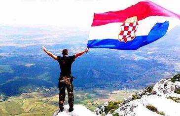 """HERCEGOVINIZACIJA """"LIJEPE NAŠE"""": """"Hrvatska se sve više svodi na kopiju Herceg-Bosne"""""""