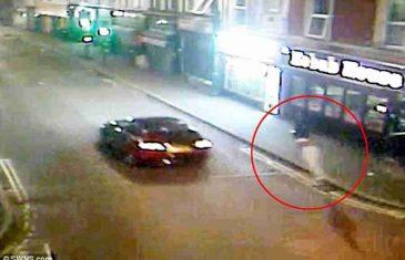 STRAVIČNA NESREĆA: Vozač Audija udario pješaka i odbacio ga 45 metara dalje