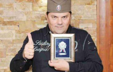 """Ko je čovjek kojeg je Vučić """"iskulirao"""": U Parlamentu BiH ima platu od 5.600 KM, ima kuću koja vrijedi 400.000 KM, a često se spominje njegova ratna prošlost"""