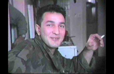 """Bivši Vikićev specijalac, jedan od junaka legendarnog spota """"Vojnik sreće"""", danas se ne odvaja od Fahrudina Radončića"""