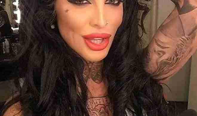 ZAPREPASTIĆETE SE: Ovako je Jelena Krunić izgledala prije svih operacija!
