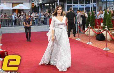Bez Džeke: Amra Silajdžić ukrala šou na crvenom tepihu SFF-a!