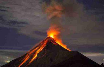 Aktivirao se vulkan u Papua Novoj Gvineji, ljudi evakuisani.SOKANTNO!